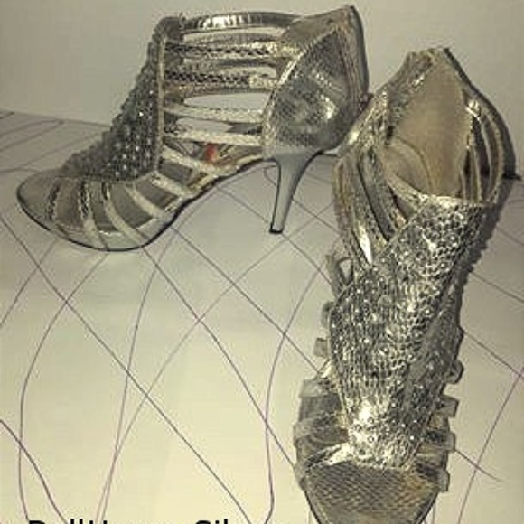 Dollhouse Shoes - Diva Shoes & Stage Ware
